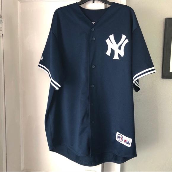 e3b83f52475 Majestic Shirts   New York Yankees Jeter Xl Baseball Jersey   Poshmark